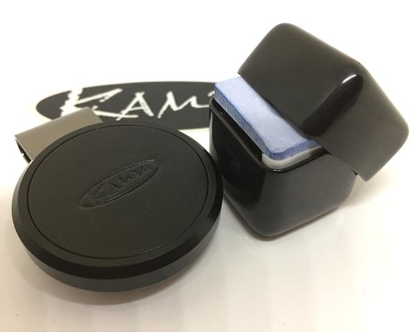 KAMUI U2013 Chalk Shark Magnetic Chalk Holder